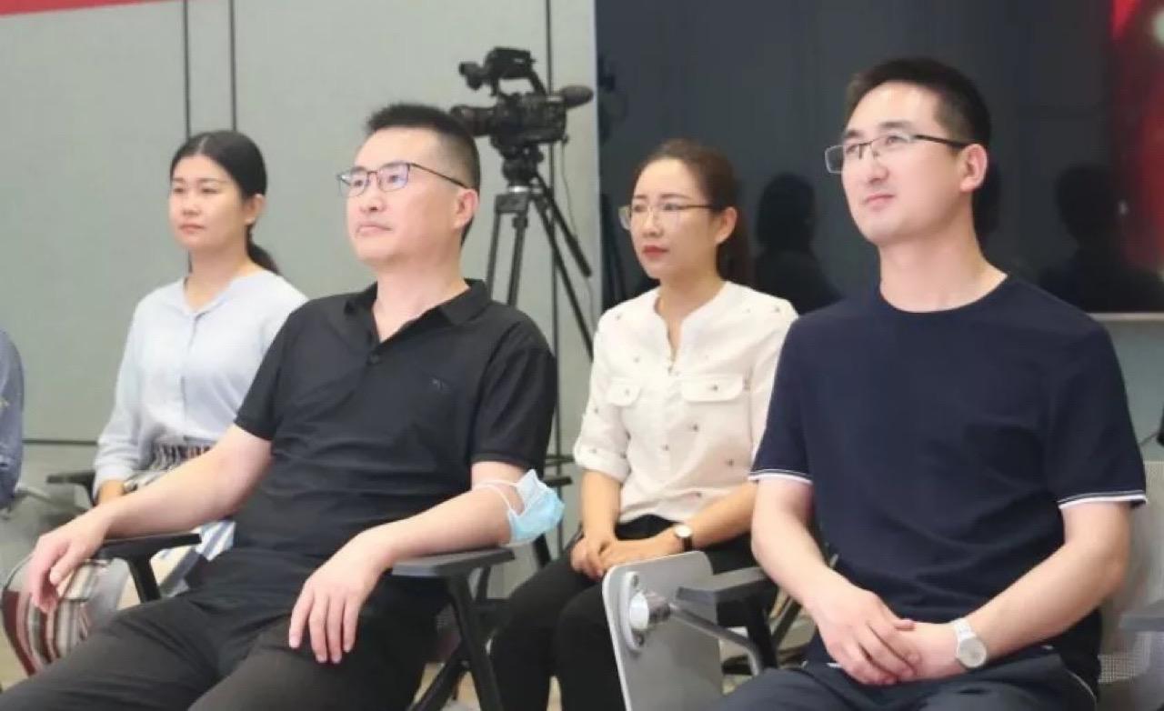 北京圆网慈善基金会付一然理事长赴艺博教育考察指导